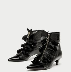 ZARA Mid Heel Ruffled New Leather Ankle Boots